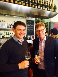 Barry Riwai (L) and Paul Ham (R) celebrate 25 years in the wine business